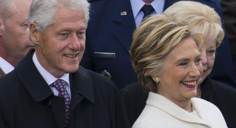 """للمرة الأولى.. هيلاري كلينتون تكشف حقيقة """"مثليتها"""""""