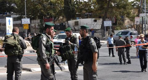 الشرطة تمنع حافلات المصلين من الجليل والمثلث من الوصول إلى القدس