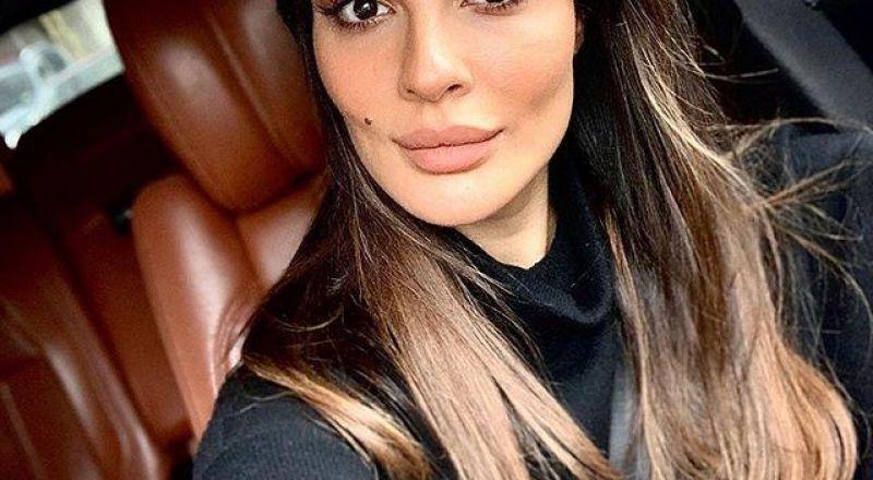 نادين نجيم باللباس العسكري