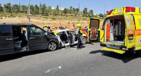 مصرع رجل وإصابة 4 بحادث طرق قرب أبو غوش