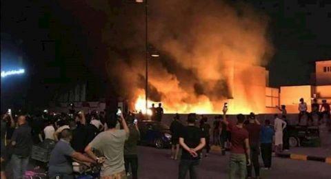 العراق.. اندلاع حريق هائل داخل سوق وسط بغداد