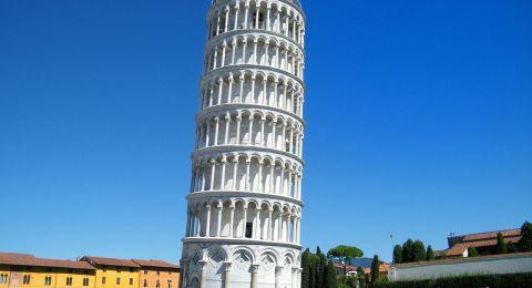 إعادة فتح برج بيزا المائل أمام السياح