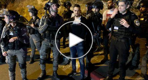 فيديو:اعتقال 7 فلسطينيين في الشيخ جراح واعادة نصب خيمة بن جبير