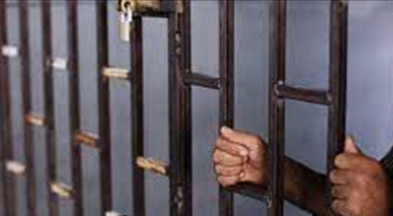سجن فنان عربي سنة و60 يوماً لاعتدائه على مواطن