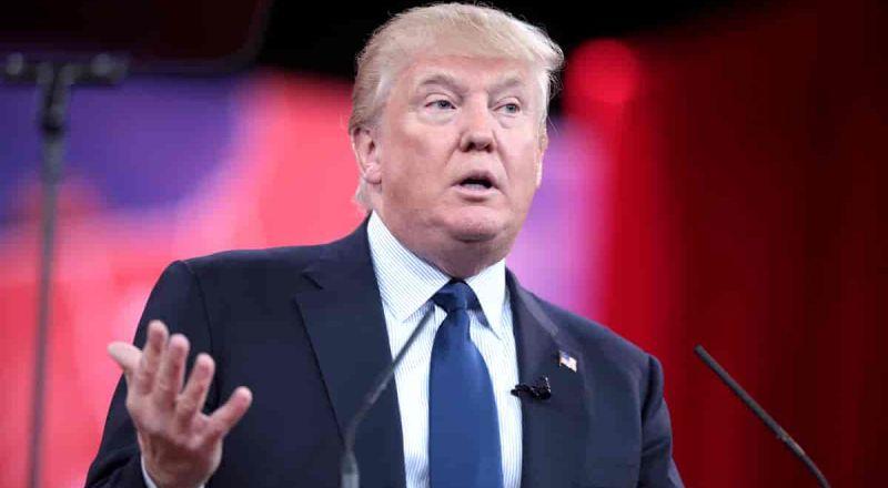 مجلس الإِشراف على فيسبوك يؤيد حظر ترامب