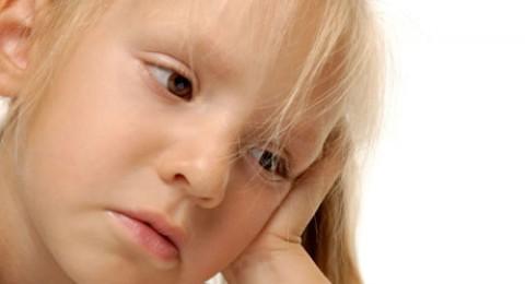 كيف يمكن تخفيف آثار موت الأقارب على نفسية الأطفال؟
