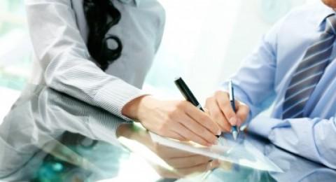مشروع قانون لتخفيف الضرائب عن الازواج المشاركين في مصلحة