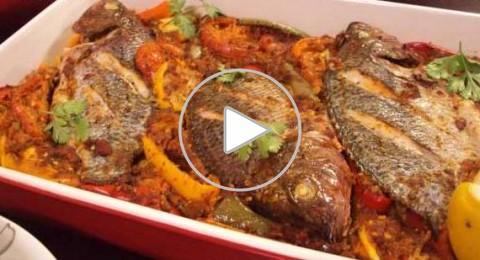 طريقة عمل صينية سمك بلطي بالخضراوات
