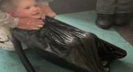 تحذيرات واسعة من خطورة تحدي شفط أكياس القمامة