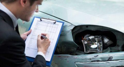 تعويض لفتاة أصبحت تخشى السفر بالسيارات بعد تعرضها لحادث