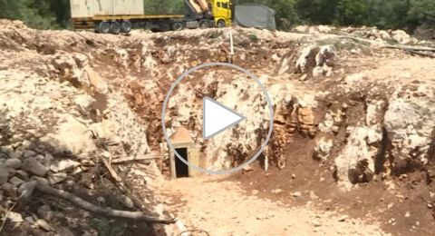 إسرائيل تعرض نفقا عابرا للحدود مع لبنان بعمق 22 طابقا