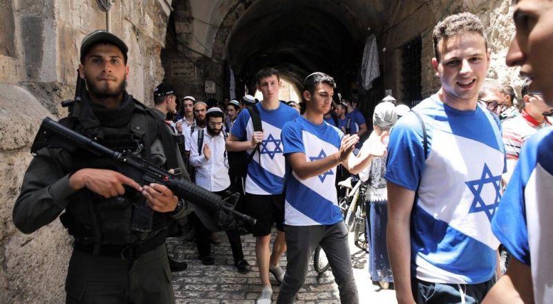 اغلاق باب العامود تمهيدا لمسيرة الاعلام الاسرائيلية
