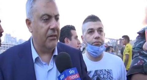 محافظ بيروت يدخل في نوبة بكاء أثناء حديثه عن الإنفجار (فيديو)