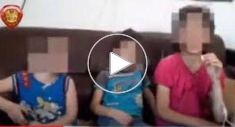 سوريا.. أب يحبس أطفاله بطريقة مأساوية إرضاء لزوجته (فيديو)