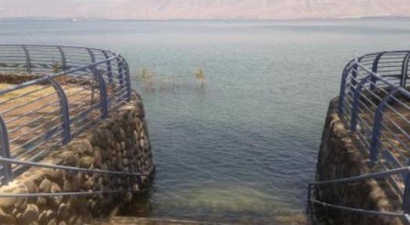 اغلاق 4 شواطئ في طبريا بسبب تلوث المياه!
