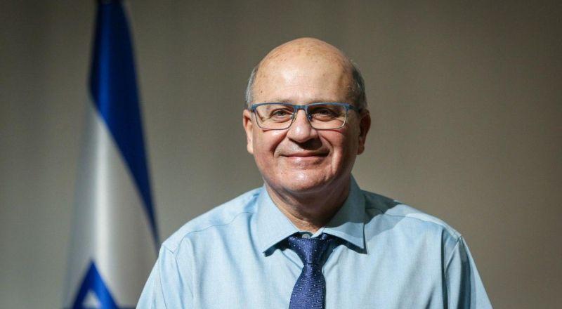 مدير عام وزارة الصحة: حمّلوا تطبيق همجين 2 لقطع سلسلة انتقال عدوى الكورونا