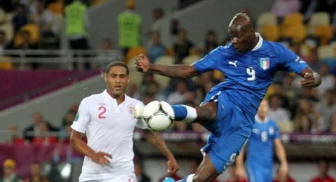 حسم مصير بالوتيلي مع منتخب إيطاليا