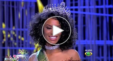 ملكة جمال البرازيل تثير ضجة على تويتر وفيسبوك