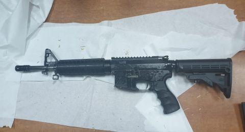 الشرطة تلقي القبض على احد سكان بلدة زلفة للاشتباه به بحيازة أسلحة غير قانونية