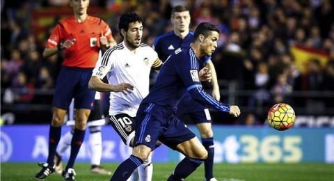 فالنسيا يجبر ريال مدريد على التعادل في قمة نارية
