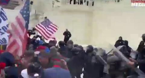 اعلان اغلاق ليلي في واشنطن بعد أعمال شغب من قبل مؤيدي ترامب