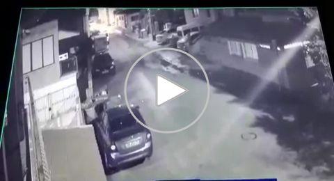 بالفيديو :اضرام النيران في احدى المركبات بقرية نحف