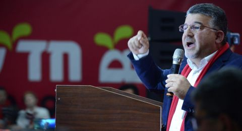 ردًا على توجه جبارين: وزارة المعارف تتعهد بإتاحة برنامج الدروس الخصوصية بالعربية