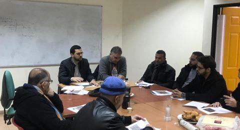 المركز العربي للتخطيط البديل بالتعاون مع اللجنة الشعبية يعقدان جلسة تخطيطية مع أعضاء ومهندس بلدية قلنسوة