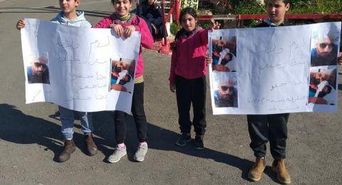 عائلة محمد علي زيتاوي تتظاهر للكشف عن قاتل ابنها