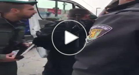 شاهد: اعتداء رجال الشرطة على سائق سيارة في القدس