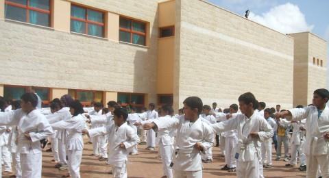 مجلس أبو بسمة ينظم بطولة للكاراتيه في مدارسه