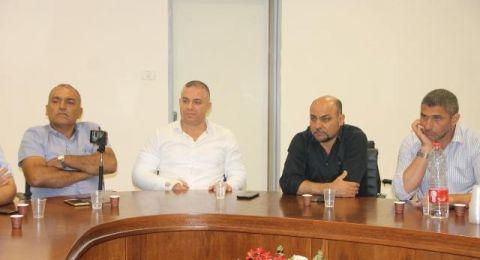 سخنين: اللجنة الشعبية والبلدية تستنكران الاعتداء على بيت محمد ابو يونس