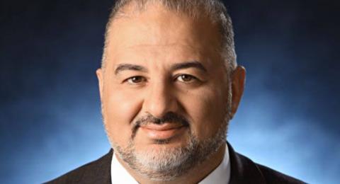 النائب منصور عباس يطالب الحكومة بإعادة الصلاة داخل المساجد تدريجيًا ضمن ضوابط السلامة