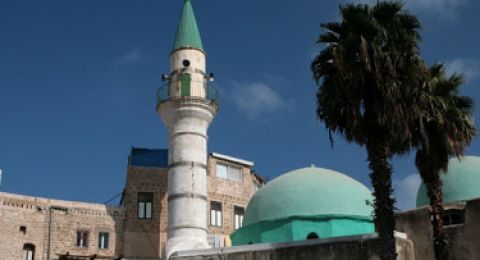 صلاة التراويح من مسجد كفرياسيف، ابقوا في بيوتكم