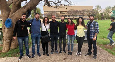 جامعة تل أبيب تتراجع عن تقديم طالبين فلسطينيين مثلهما