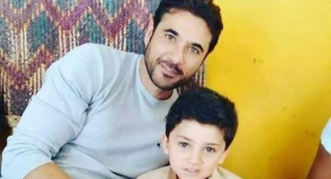 هل ظهر أحمد عز مع توأمه من زينة لأول مرة؟