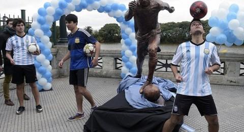 تمثال ميسي مثار سخرية على مواقع التواصل الاجتماعي
