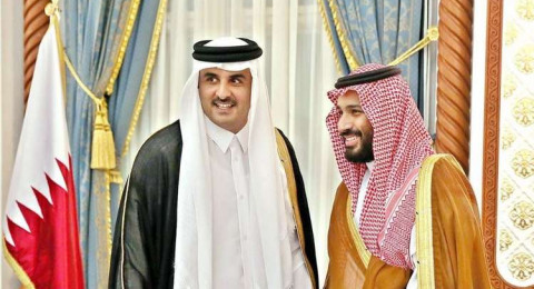 اتصال هاتفي بين أمير قطر وولي العهد السعودي