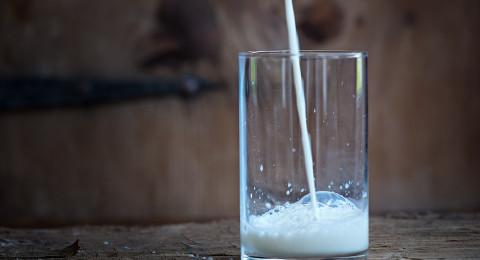 كيف تعرف أنك مصاب بحساسية الحليب ومشتقاته؟