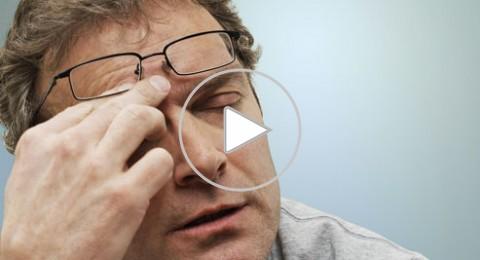 بحث: النظارات الطبية الجاهزة تسبب الصداع وازدواجية الرؤية