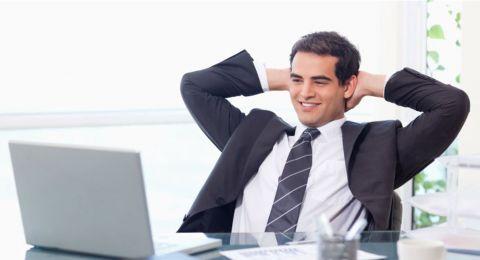 ما هي مواصفات الموظف المثالي؟