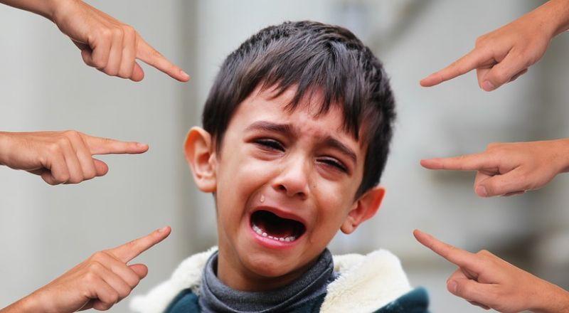 التنمّر، خصوصًا في المدارس .. ظاهرة قد تتسبب بنتائج كارثية، فكيف يمكن مواجهتها؟