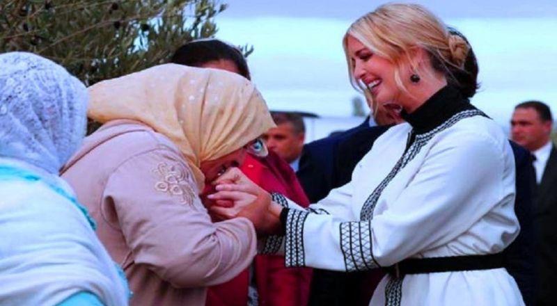 فيديو لمغربية تقبّل يد إيفانكا وآخر تدافع فيه عن القبلة