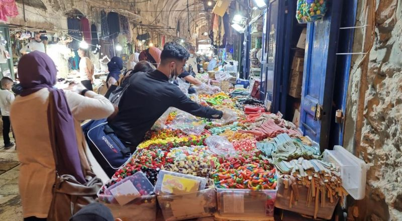 نجاح مميز لليوم الأول لمهرجان القدس للتسوق