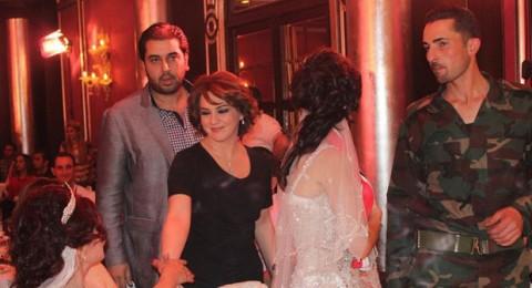 سلاف فواخرجي نجمة حفل زفاف جنود سوريا
