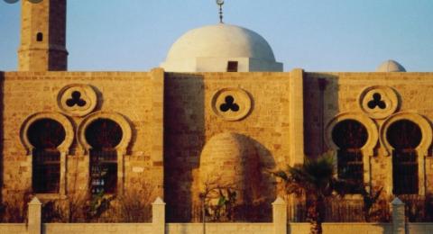 اعتداء همجي على مسجد حسن بك في يافا