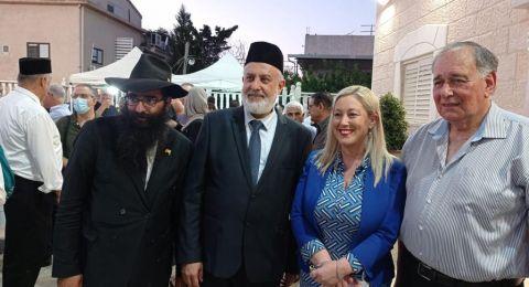 فاسرمان تشارك في المؤتمر السنوي للطائفة الإسلامية الأحمدية