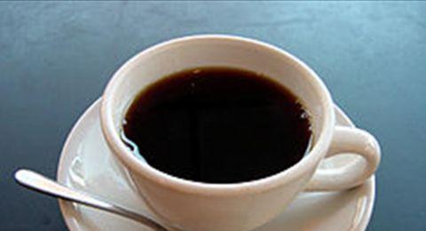 مفاجأة عن شرب القهوة قبل النوم!