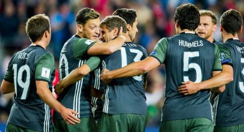 ألمانيا تفوز على النرويج بثلاثية في مستهل مشوار تصفيات المونديال