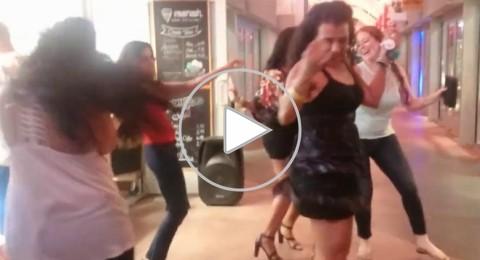 أمريكيات يرقصن على أنغام هذه الأغنية العربية
